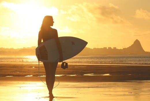【サーフィン】サーフィンを始めたい女子が知っておきたい5つのこと